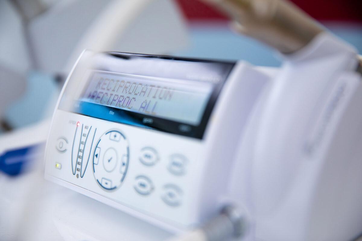 Zahnarzt Adlershof & Notdienst bei Zahnunfällen